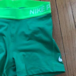 Nike pro dri fit size XS great condition